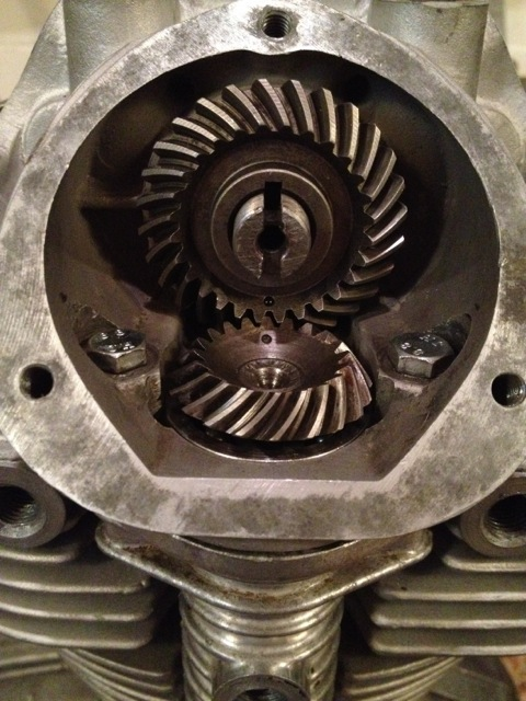 Upper bevel gears